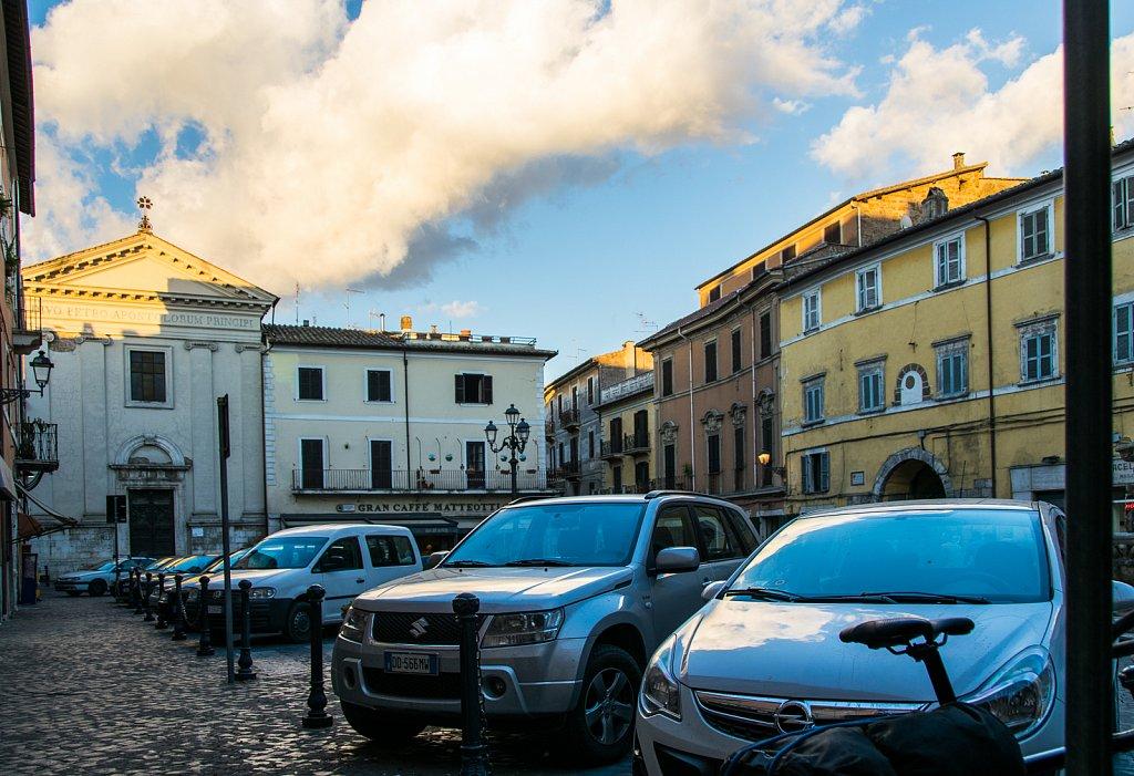 piazza-in-civita-castellana-35874635941-o.jpg